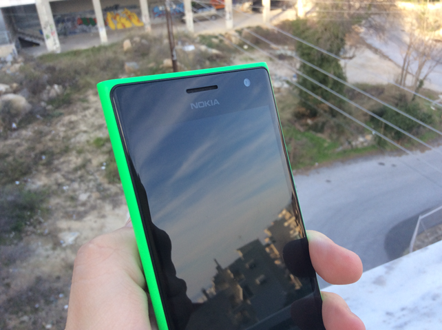 Review: Nokia Lumia 735